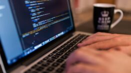 Yazılım Geliştirmek İçin İdeal Bilgisayar Donanım Özellikleri Neler Olmalıdır?